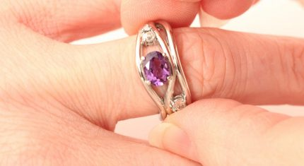 Purple-ring-on-hand